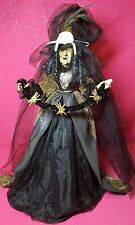 "24"" FREE-STANDING HALLOWEEN WITCH WITH SPIDER GARLAND SOFT SCULPTURE DOLL NEW"
