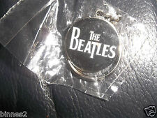 THE BEATLES BLACK & WHITE METAL CHAINED LOGO KEY RING BRAND NEW STILL IN PACKET