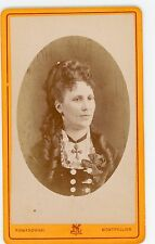 PHOTO CDV Romanowski Montpellier une femme pose mode fashion coiffure 1880
