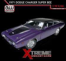 AUTOWORLD AMM1056 1:18 1971 DODGE CHARGER SUPER BEE PURPLE