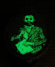 Disney Haunted Mansion Mystery Glow Pin Stretch Portrait Man Beard Dynamite