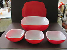 PYREX SQUARE 2-1/2 QT.  RED BOWL  WITH TABBED LID PLUS 3 12 OZ. BERRY BOWLS