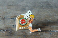 LUCKY STRIKE - JUKE BOX - Pin's / Pins !!!