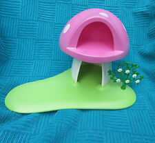 PLAYMOBIL  FAIRY HOUSE-PINK MUSHROOM STYLE-NEW DESIGN