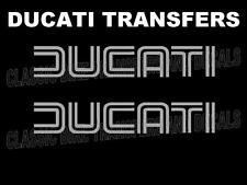 DUCATI Classic Tank transferencias Calcomanías Pegatinas Moto se vende como un par de Plata