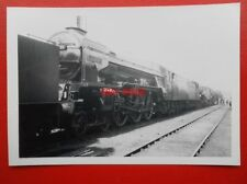 PHOTO  LNER CLASS A1 LOCO NO 60121 SILURIAN AT DONCASTER 19/5/63