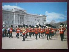POSTCARD CHANGING THE GUARDS AT BUCKINGHAM PALACE