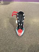 disney parks nightmare before christmas sally christmas shoe ornament new w tag