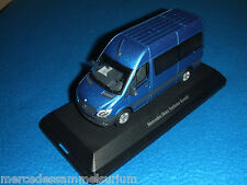 Mercedes Benz W 906 Sprinter Kombi/Crew Bus Facelift 2013 Blau/Blue 1:43Neu/New