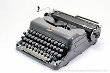 IMPERIAL GOOD COMPANION 3 - Working Vintage 1950s typewriter - portable manual