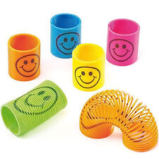2pcs Slinky Smiley Rainbow Mini Springs Party Bag Fillers Wedding Kids Toy Prize