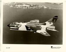 Großes Pressephoto, Düsenjet. A-7P, 1985