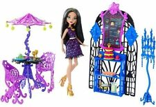 Monster High Scream and Sugar Cafe Playset with Doll