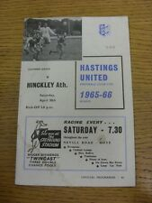 30/04/1966 Hastings United v creó Athletic (arrugada, marcado, manchado Trus).