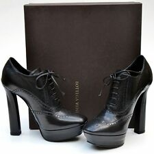 BOTTEGA VENETA New sz 38 - 8 Designer Womens Black Lace Up Shoes Heels