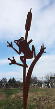 Frosch an Schilf 90 cm Rost Edelrost Gartendeko Gartenstecker Teich Dekoration
