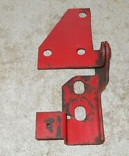 1965 1966 1967 1968 1969 70 Mustang Shelby ORIG FASTBACK FOLD DOWN SEAT RH HINGE