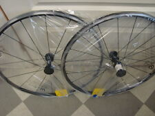 New in Box 700c Shimano WH-RS61  clincher tubeless wheelset  Shimano 9/10 /11