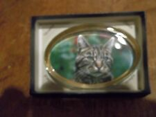 "1 OVAL GLASS PAPERWEIGHT DISPLAYING  CAT""S HEAD -  NEW BOXED-BRITISH MADE"