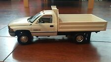 1/18 ANSON COLLECTIBLES DODGE RAM 3500 DUMP PICK UP TRUCK
