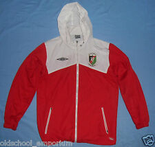 Glentoran FC / 2008-2010 - UMBRO - MENS zip-up hooded Track Top / Jacket. Size M