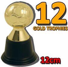 12x MINI CALCIO color oro plastica TROPHY Giochi Divertenti Novità UK Venditore