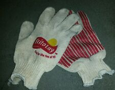 1 PAIR OF FRITO LAY FOOD FOR THE FUN OF IT ! KNIT GLOVES SZ LG - XL