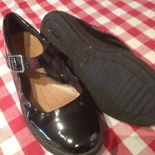 Clarks Black Patent Mary Jane Active Air Flat Shoes Size 5