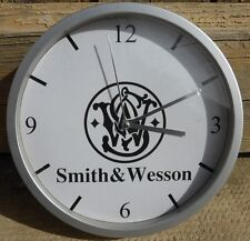 SMITH et WESSON pendule murale horloge 20cms ( KDO DKO GUN WEAPON USA SW 357 )