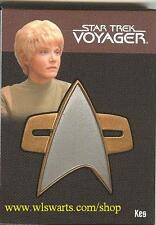"""Quotable"" Star Trek Voyager Kes Communicator Pin Card Rittenhouse Rewards RARE!"
