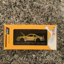 Revell 1:64 SCALE DALE EARNHARDT JR NILLA WAFER/NUTTER BUTTER Diecast