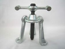 Universal Hub Puller Adjustable Arms Includes Striking Wrench New Ships From USA
