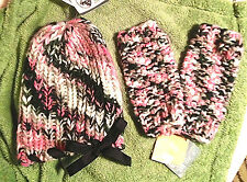 NEW NWT GIRLS 5-7 FINGERLESS GLOVES & HAT SET PINK/BLACK/WHITE HANDMADE SO CUTE!