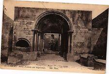 CPA Arles-Porte d'entrée des Alyscamps (185575)