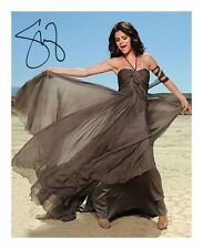 SELENA GOMEZ SIGNED AUTOGRAPHED A4 PP PHOTO POSTER B