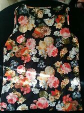 girl ladies summer  top flowers size S M BNWOT