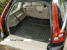 Volvo XC90 rubber boot mat liner