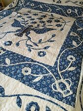 "Quilt, Smithsonian, American Pacific, ""The Great Seal"", blue/ white, queen/full"