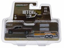 1:64 GreenLight *HITCH & TOW 5* Brown 2015 Ford F150 Pickup w/Car Trailer NIP!