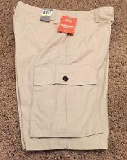 Dockers Light Weight Cargo Men Shorts Size 32, Classic Fit, Light Beige Color