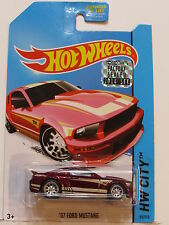 HOT WHEELS 2014 SUPER TREASURE HUNT '07 FORD MUSTANG FACTORY SEALED