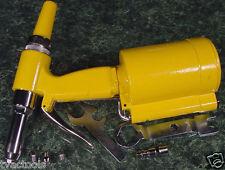 AIR RIVET GUN TOOL w/ Case, Rivets, 4 Sizes, FREE EXTRA RE-BUILD KIT riveter new