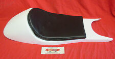 BMW K100 K75 CAFE RACER SEAT IN WHITE GEL COAT WITH BLACK PAD