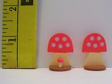 MINIATURE RE-MENT MUSHROOM KITCHEN 1/6 SCALE ACCESSORY LOT OF 2 RETIRED