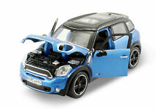 Maisto Mini Cooper Countryman 1:24 scale diecast model car Blue M122