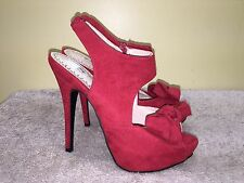 OLSENBOYE RED FAUX SUEDE PLATFORM PEEP TOE BOW ACCENT STILETTO HEELS, SIZE 7M