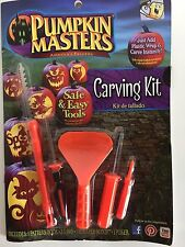 HALLOWEEN PUMPKIN MASTERS CARVING KIT 5 TOOLS  + PATTERN BOOK NEW