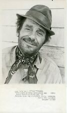 GIG YOUNG SMILING PORTRAIT THE NEON CEILING ORIGINAL 1971 NBC TV PHOTO