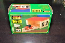 BRIO New-in-Box :  DOUBLE ENGINE SHED with V-TRACK  (#33365) / Rare vintage BRIO