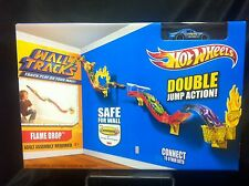 2014 Hot Wheels Wall Tracks Flame Drop Double Jump Action Playset